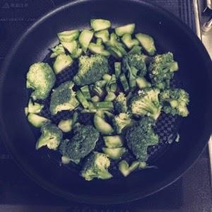 ブロッコリー常備菜蒸し茹で