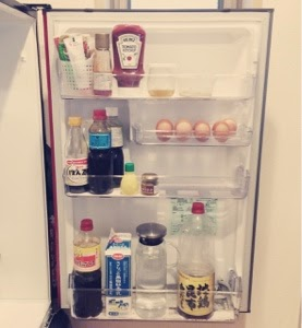 冷蔵庫の中身と調味料リストを公開します。
