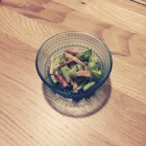 【常備菜使い回しレシピ】ブロッコリーの芯を使い切る。