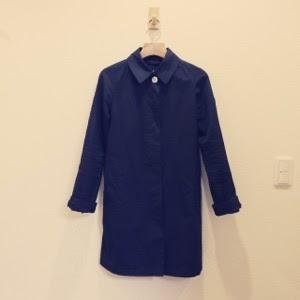 【春のアウター】ネイビーのステンカラーコート