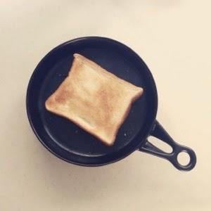 トースターなしで食パンを焼く方法。グリルで焼くのが美味しい!
