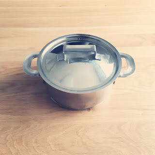 アルカリウォッシュ(セスキ炭酸ソーダ)で鍋磨き、お鍋の汚れもスッキリ。