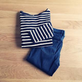 【ワードローブ】ユニクロのデニムレギパン、シンプルで履き心地のいい服。