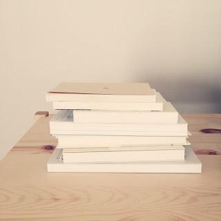 本を断捨離するコツ、読んだ本はアウトプットで手放す。