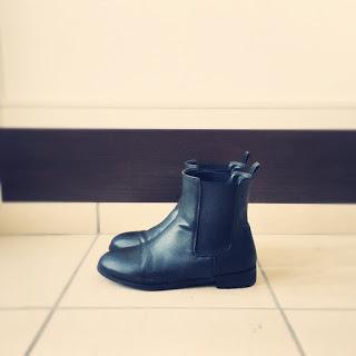 【ワードローブ】履きやすく歩きやすく合わせやすい、サイドゴアブーツが優秀です。