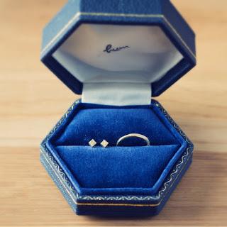 hum 結婚指輪 ピアス