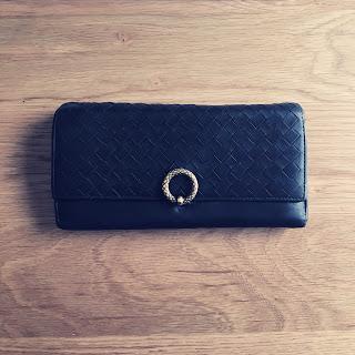 財布 満月