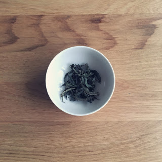 聖なるハーブ、トゥルシー(ホーリーバジル)のお茶。